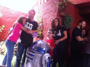 Todos Fueron al Maufest, hasta mi primo Arturo el droide